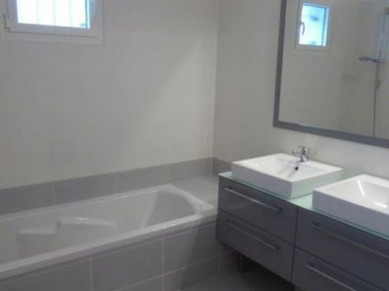 Sale apartment Prevessin-moens 380000€ - Picture 10