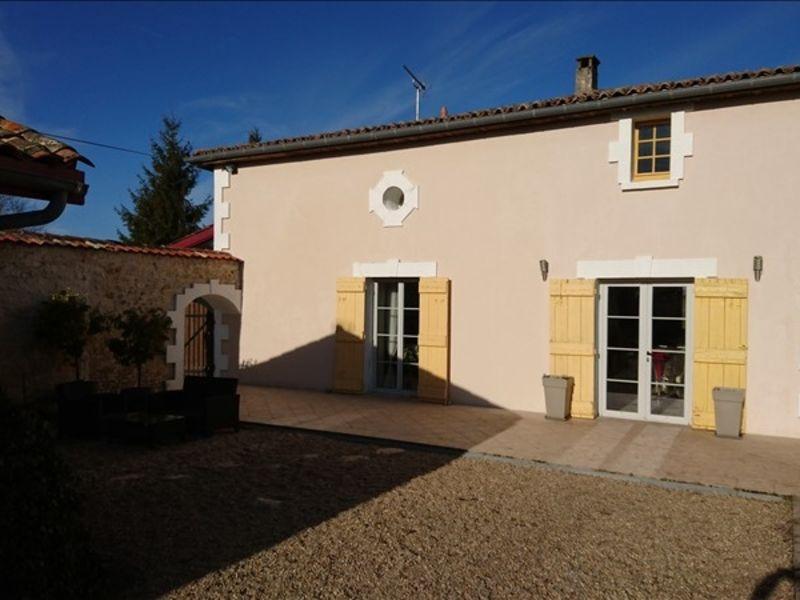 Vente maison / villa Montendre 495000€ - Photo 1