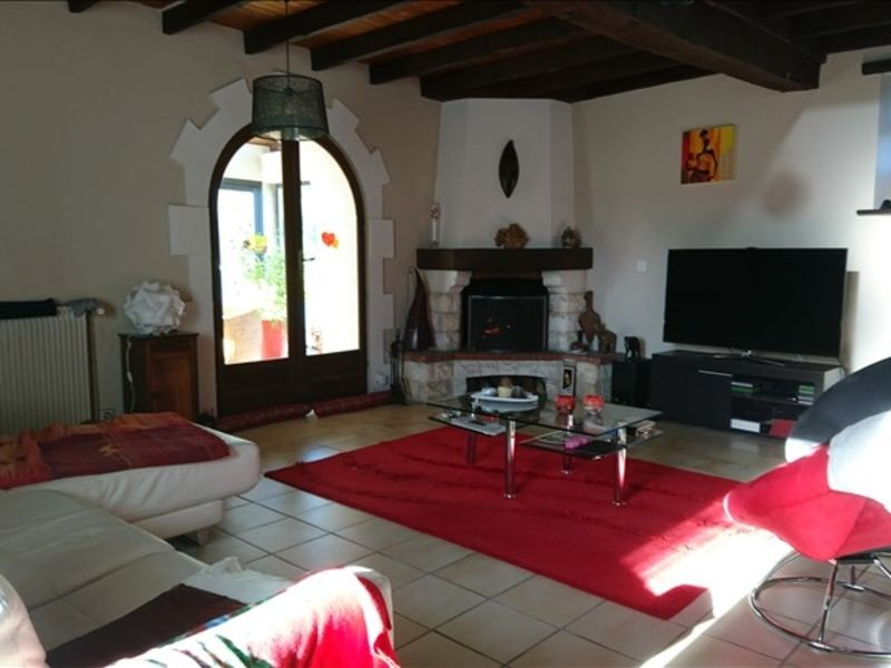 Vente maison / villa Montendre 495000€ - Photo 2