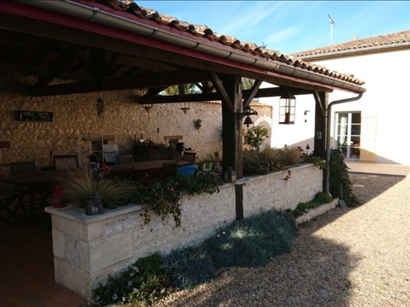 Vente maison / villa Montendre 495000€ - Photo 5