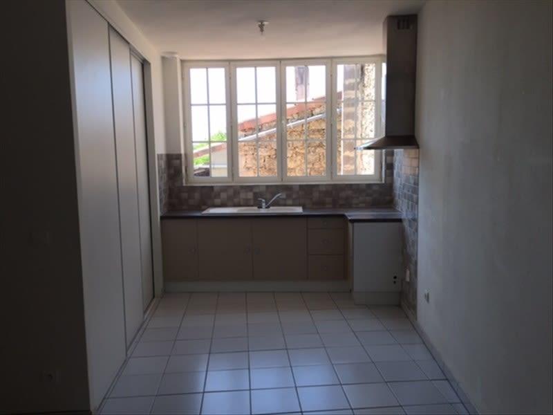 Affitto appartamento Sauveterre de guyenne 465€ CC - Fotografia 2