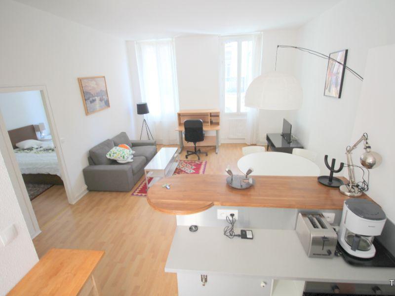 Location appartement Bordeaux 825€ CC - Photo 1