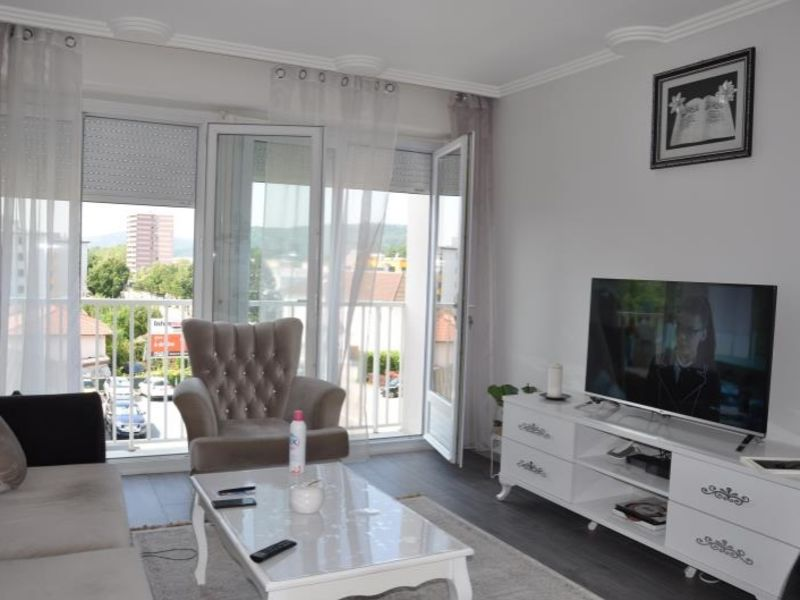 Sale apartment Oyonnax 109 000€ - Picture 1