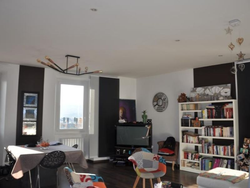 Sale apartment Oyonnax 141000€ - Picture 2