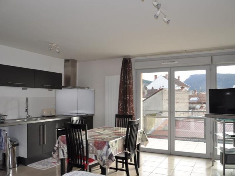 Sale apartment Oyonnax 124000€ - Picture 1
