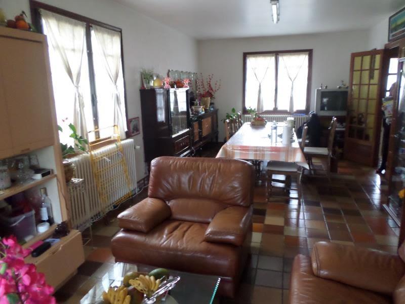 Sale house / villa Louhans 184000€ - Picture 1