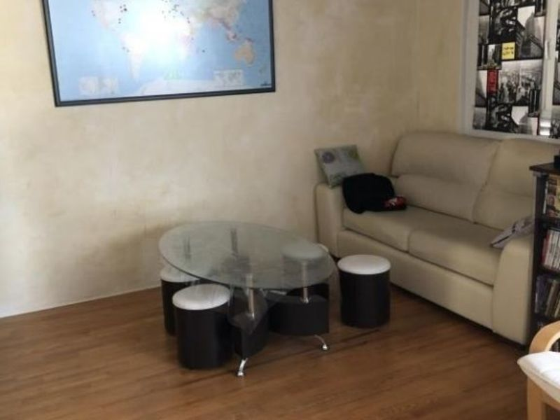 Sale apartment Oyonnax 81 000€ - Picture 2