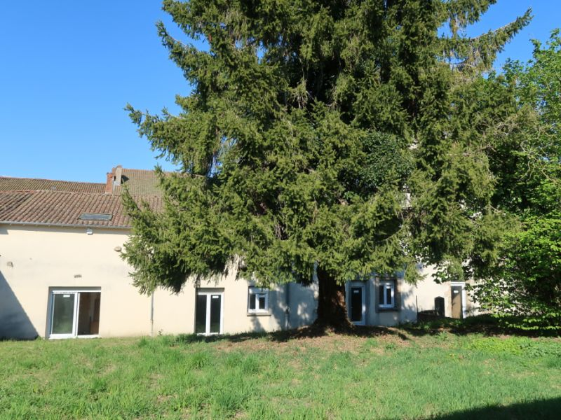 Vente immeuble Bellac 117 000€ - Photo 1