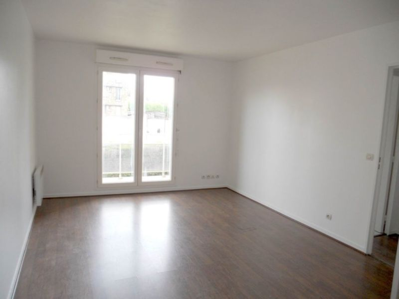 Rental apartment Villemombles 105€ CC - Picture 3