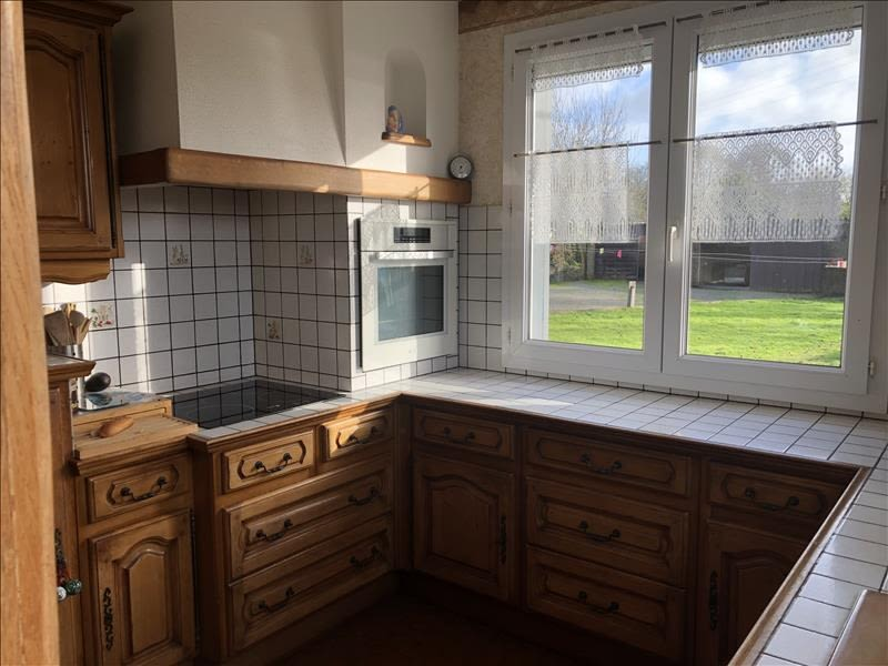 Sale house / villa St viaud 280000€ - Picture 4