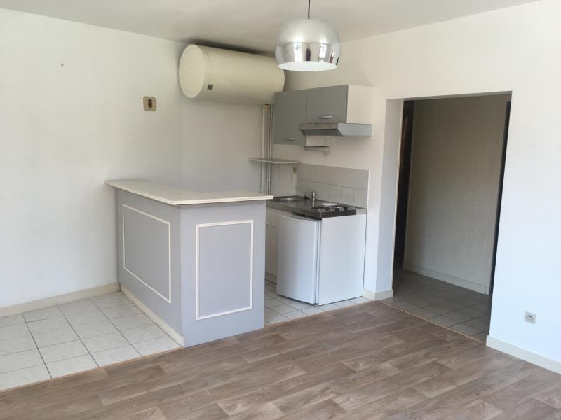 Location appartement Poitiers 469€ CC - Photo 2