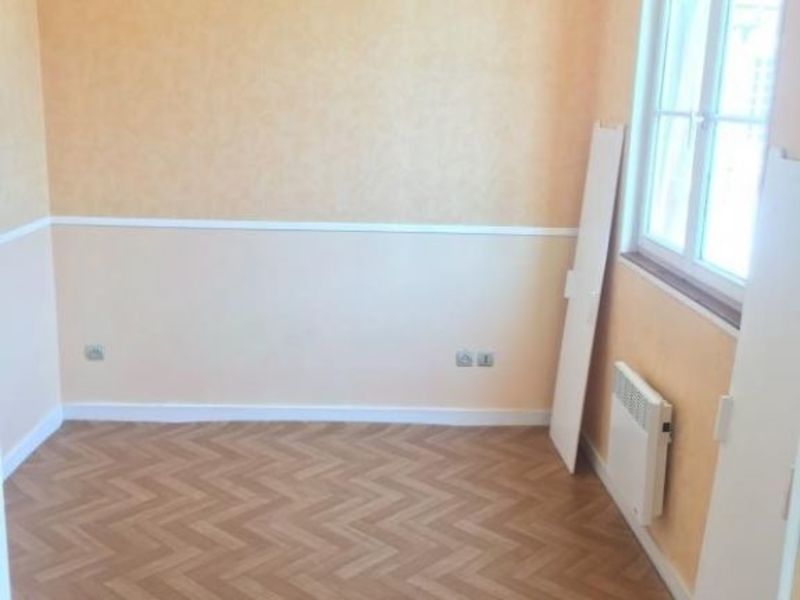 Location appartement Poitiers 469€ CC - Photo 3