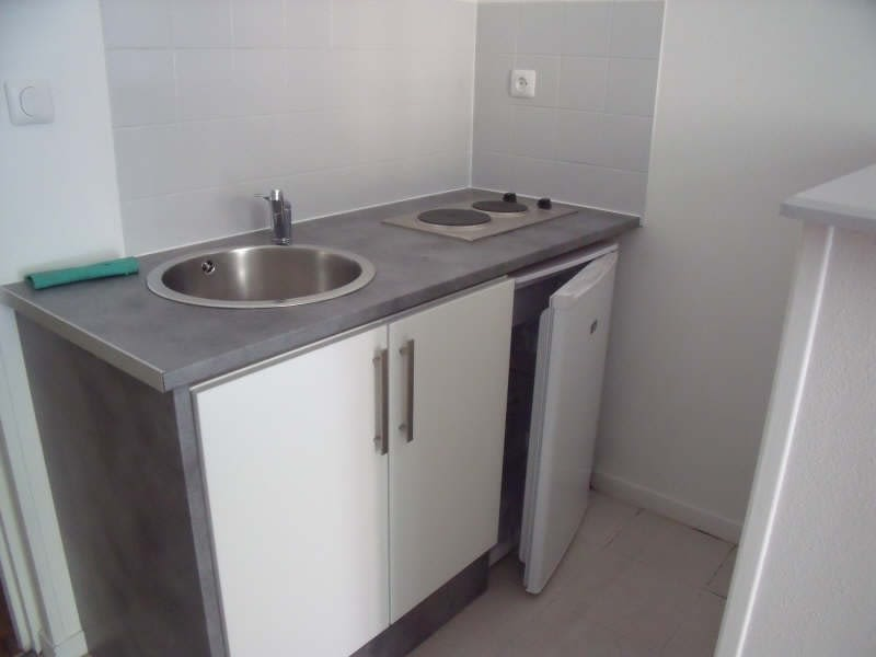 Location appartement Poitiers 345€ CC - Photo 4