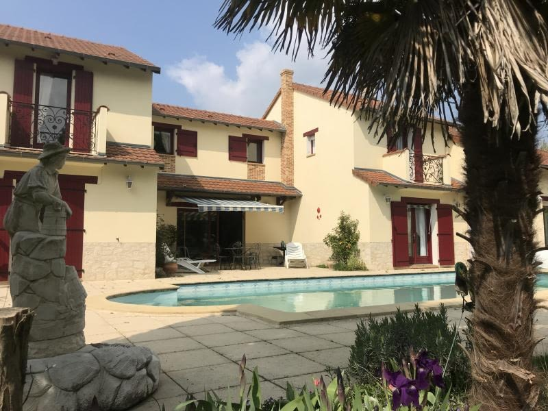 Vente maison / villa Montmorillon 335000€ - Photo 1