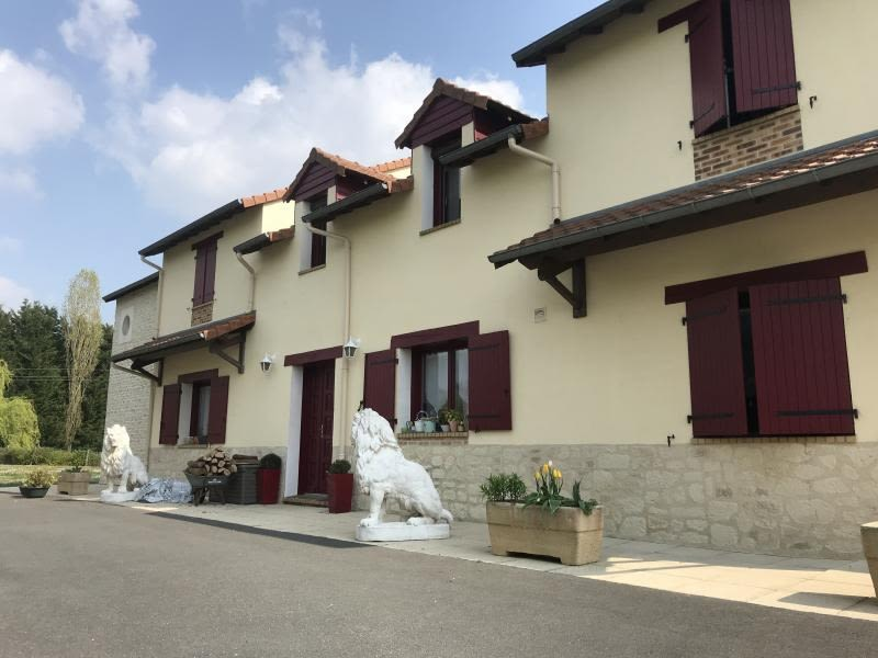 Vente maison / villa Montmorillon 335000€ - Photo 2