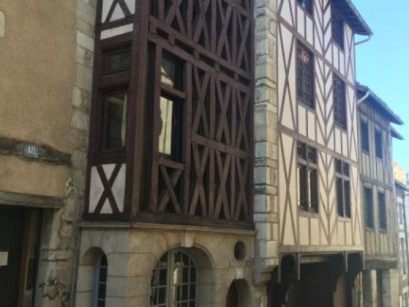 Location appartement Poitiers 296€ CC - Photo 1