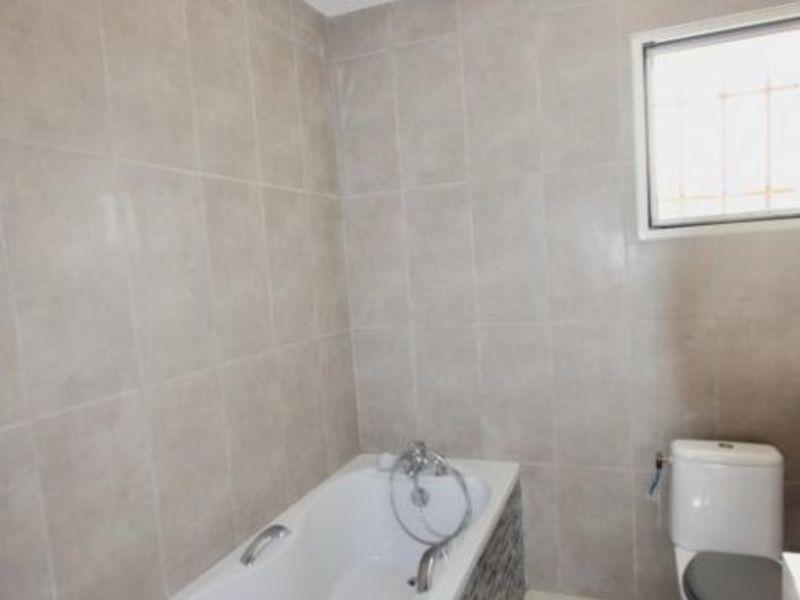 Vente maison / villa Violes 493000€ - Photo 6