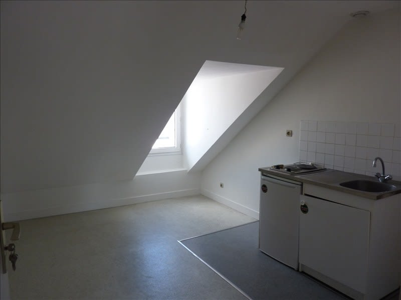 Location appartement Vendome 285€ CC - Photo 2