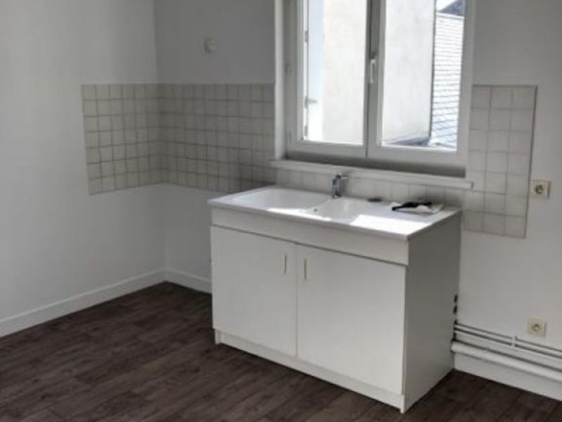 Rental apartment Vendome 495€ CC - Picture 2