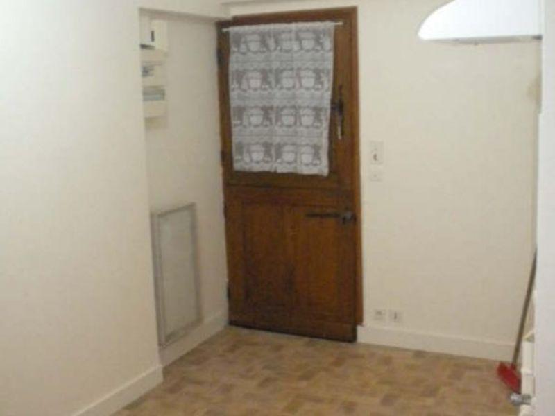 Rental apartment Vendome 306€ CC - Picture 6