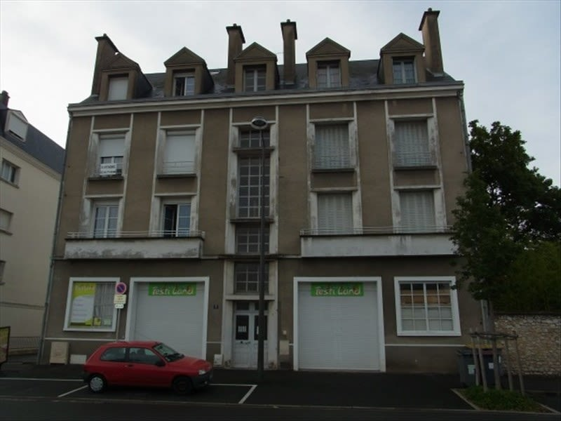 Location appartement Vendome 460€ CC - Photo 1