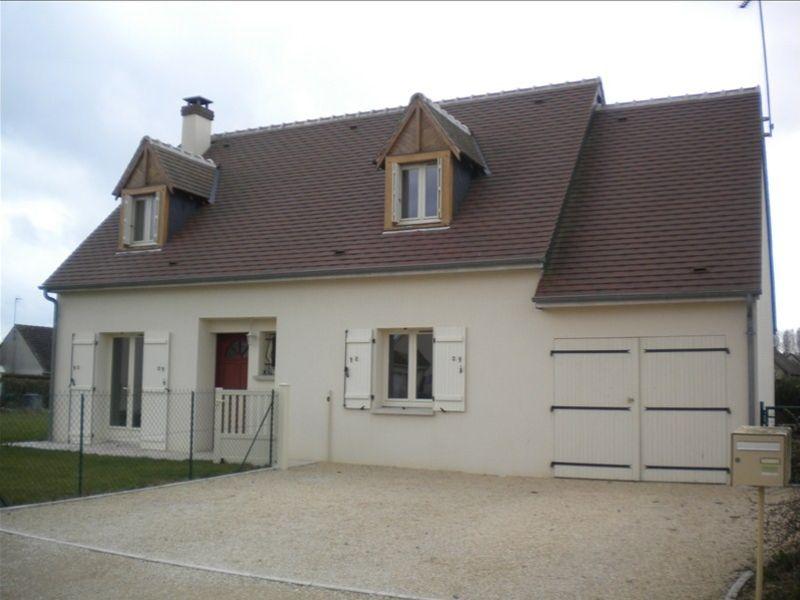 Rental house / villa Areines 762€ CC - Picture 1