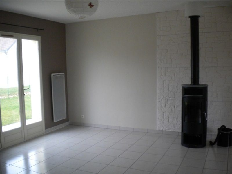 Rental house / villa Areines 762€ CC - Picture 4