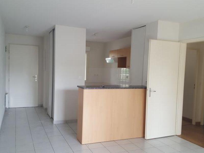 Sale apartment Vendome 101000€ - Picture 2