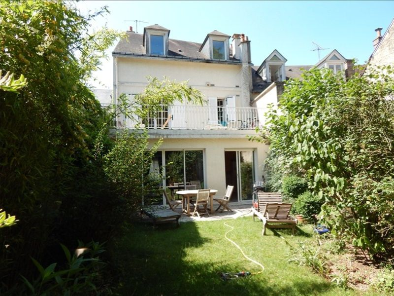 Sale house / villa Vendome 380000€ - Picture 1