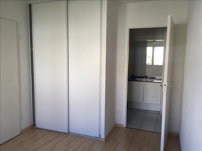 Rental apartment Vendome 460€ CC - Picture 5