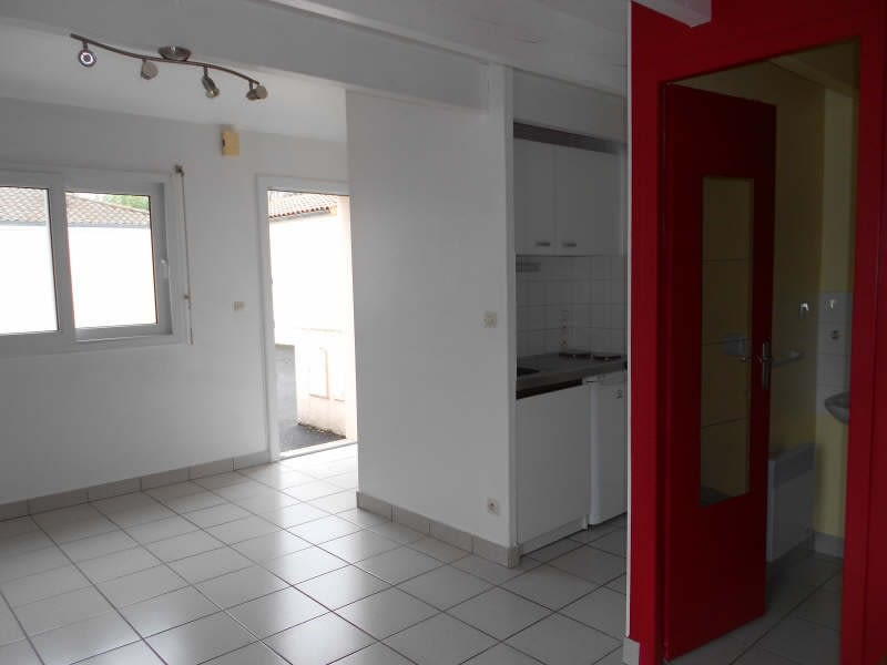 Location appartement Niort 336€ CC - Photo 2