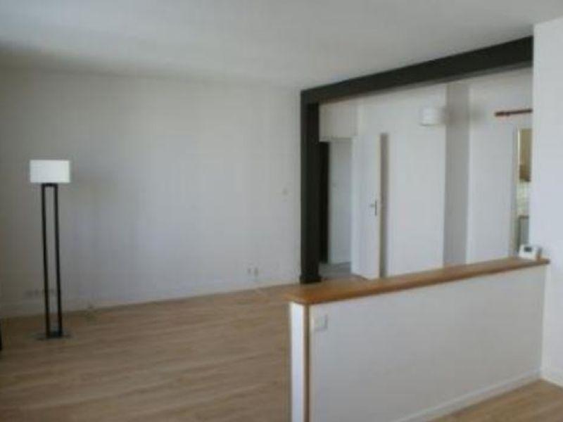 Location appartement Buxerolles 525€ CC - Photo 1