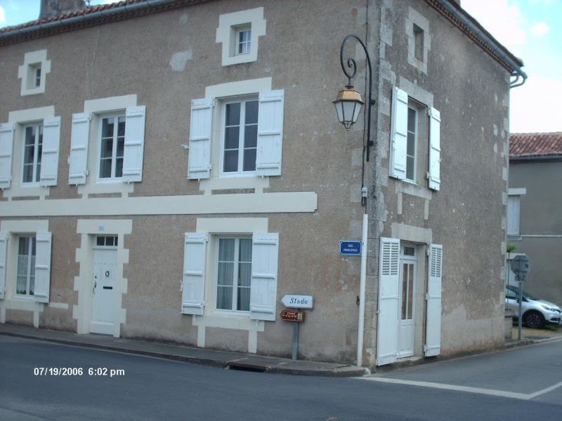 Location maison / villa Millac 590€ CC - Photo 2