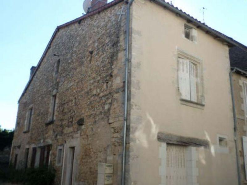 Vente maison / villa Lussac les chateaux 127000€ - Photo 1
