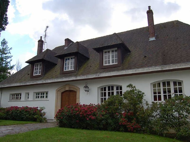 Location maison / villa Yvetot 1810€ CC - Photo 2