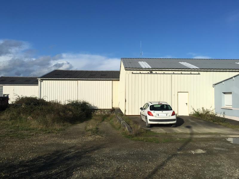 Location local commercial St aubin du cormier 3000€ HC - Photo 1