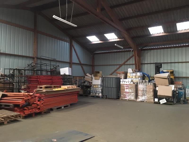 Location local commercial St aubin du cormier 3000€ HC - Photo 3