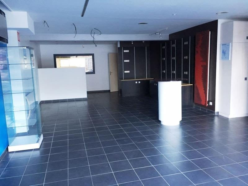 Rental empty room/storage Fougeres 2 500€ HC - Picture 3