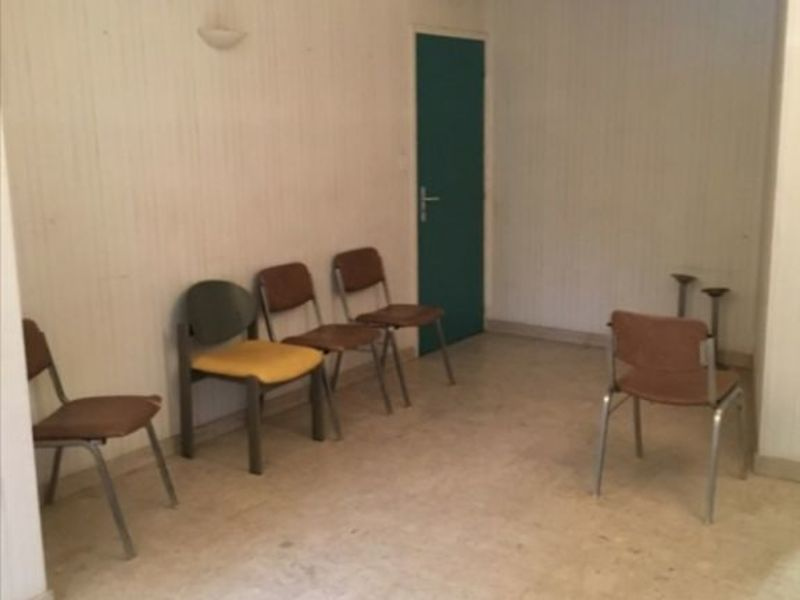 Location local commercial Fougeres 600€ HC - Photo 5
