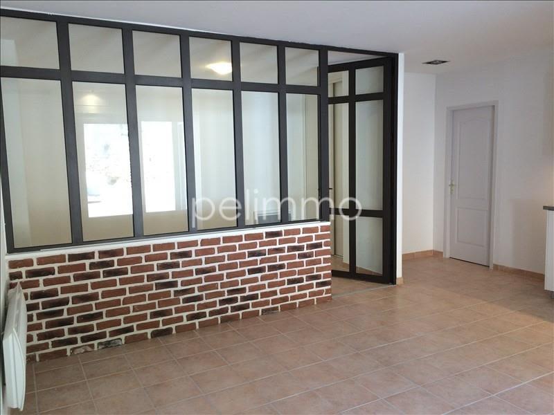 Rental apartment Salon de provence 566€ CC - Picture 2