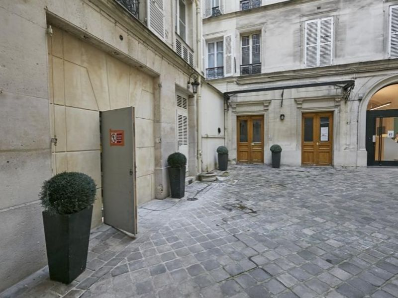 Rental office Paris 08 3 562,50€ HC - Picture 2