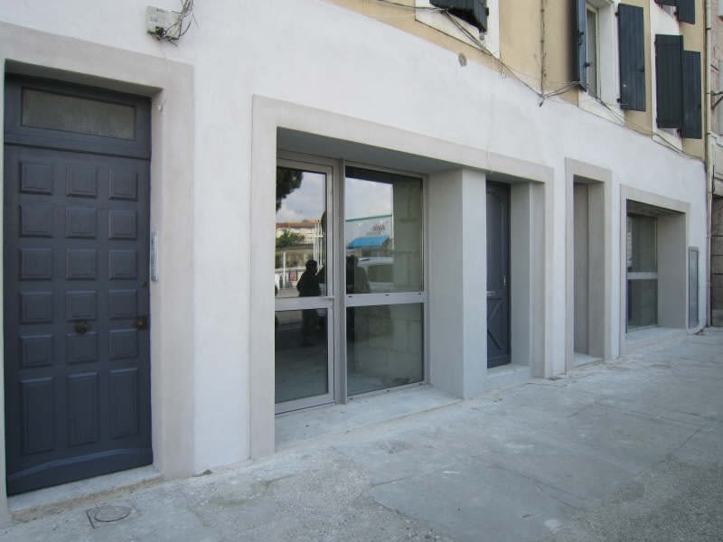Location local commercial Carcassonne 2400€ HC - Photo 2
