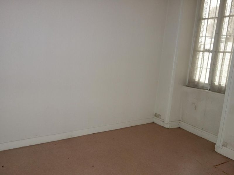 Rental empty room/storage Le coteau 350€ HC - Picture 3