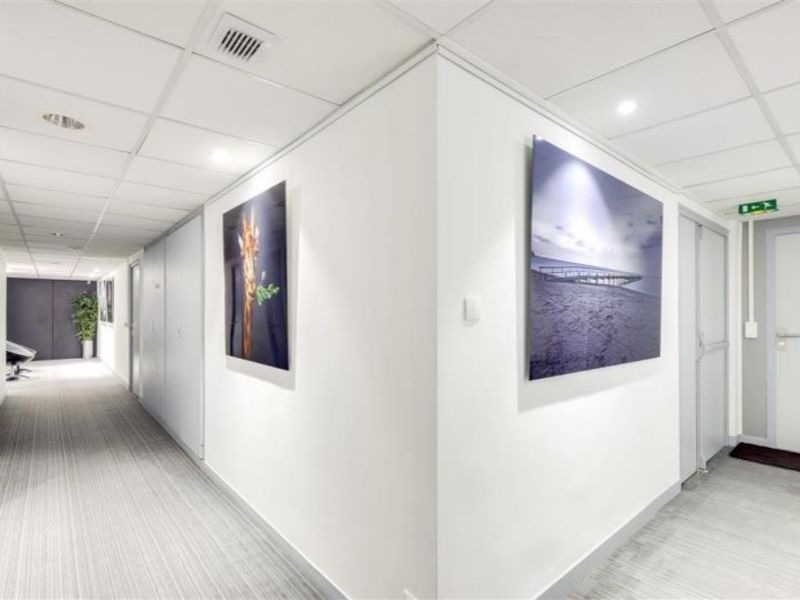 Rental office Suresnes 2694,17€ HC - Picture 4