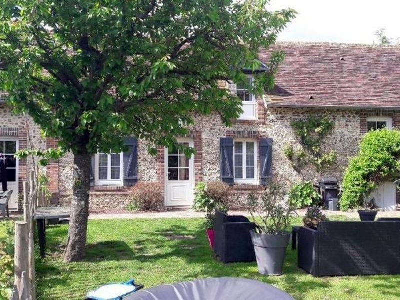 Sale house / villa Manthelon 219900€ - Picture 2