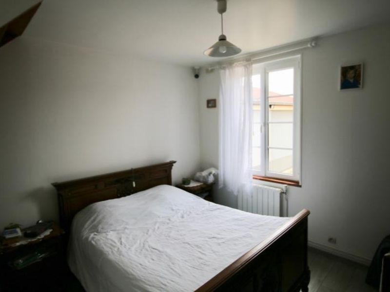 Sale house / villa Le chesne 148000€ - Picture 4