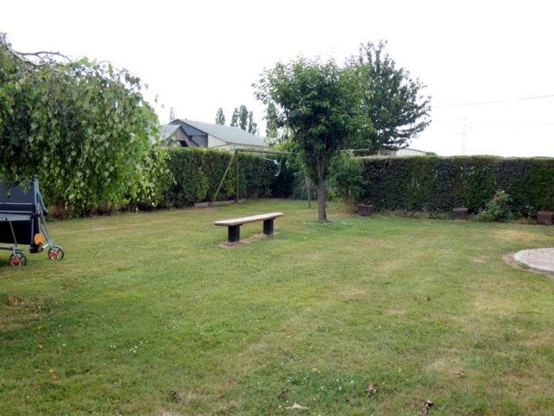 Sale house / villa Ajou 163000€ - Picture 3