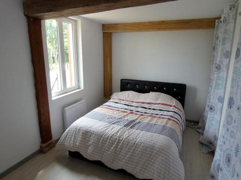Sale house / villa Ajou 163000€ - Picture 8