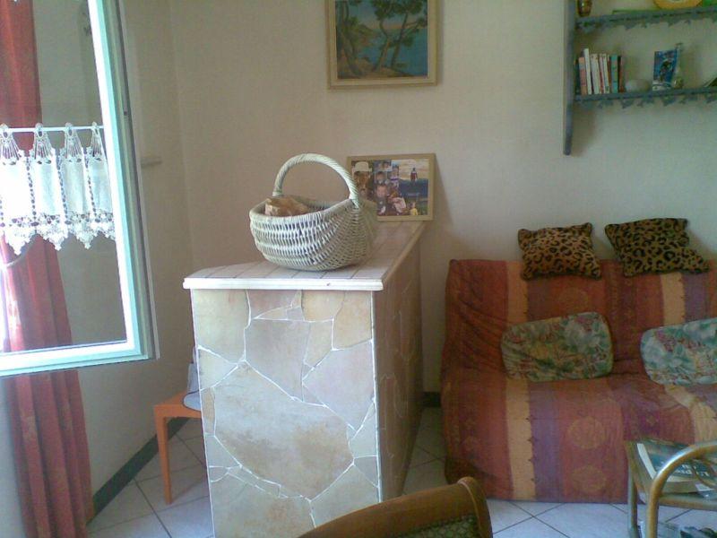 Sale apartment La ciotat 308000€ - Picture 4