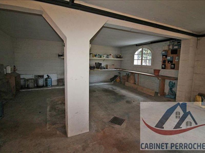 Vente maison / villa La chartre sur le loir 223000€ - Photo 10